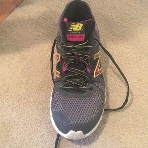 New Balance Running Shoe- worn once! Size 8.5
